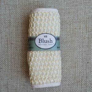 Blush Makeup - BLUSH 3 bath bombs & bath mitt